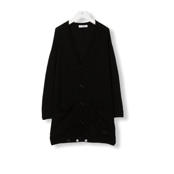 Paola Pecora maglia lunga color nero per donna con bottoni grandi neri