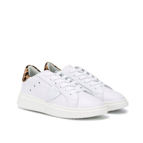 Philippe model scarpe bianche modello Sneakers con dettagli leopardo vista laterale