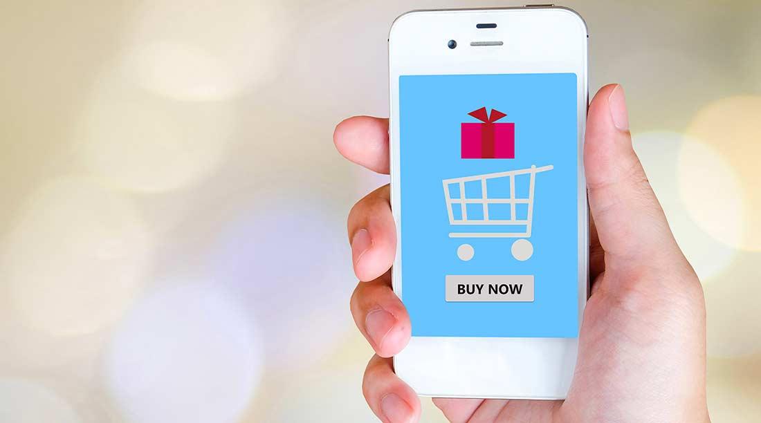 Siti per comprare vestiti online economici