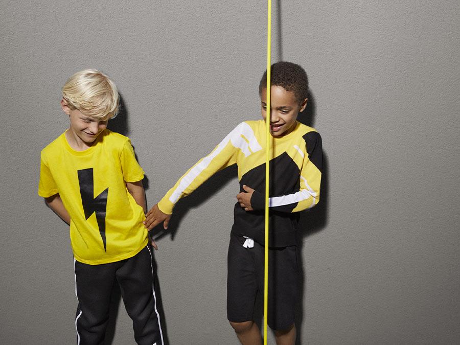 Abbigliamento bambino Neil Barrett Kids su Amore della Mamma